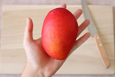 マンゴーの切り方01